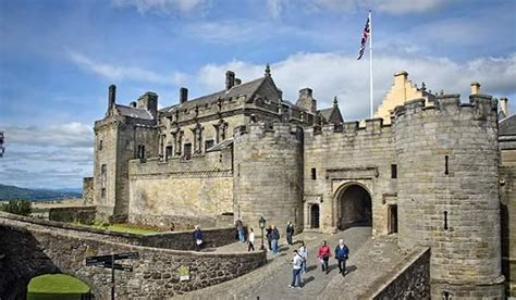 england scotland ireland tour luxury uk vacation england scotland wales luxury guided bus tour
