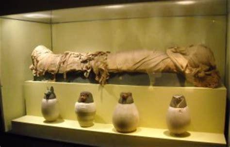 vasi canopi egiziani navigando scuola le anime della mummia scuola e