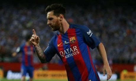 lionel messi biography in afrikaans official lionel messi commits to barcelona until 2021