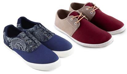 Fashion Sepatu Sneakers Model Baru kessdsds trend model sepatu sneakers pria remaja trendy