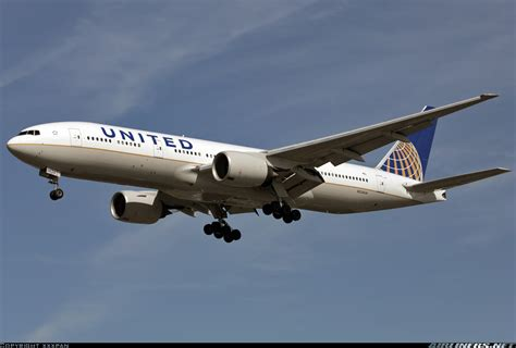 united airline sign in boeing 777 222 er united airlines aviation photo 2166723 airliners net