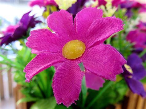 bunga artificial alternatif penghias ruangan praktis