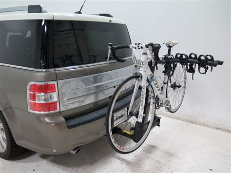 2009 ford flex thule vertex swing 4 bike rack 2 quot hitches