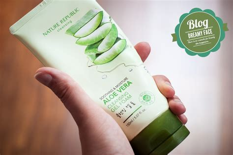 Nature Republic Soothing Moisture Aloe Cleansing Gel review nature republic soothing moisture aloe vera