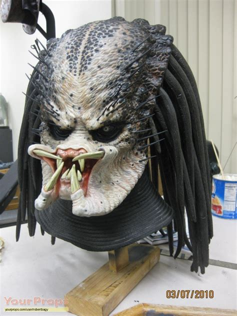 Sale Masker Payudara Original predator new predator 1 mask replica prop