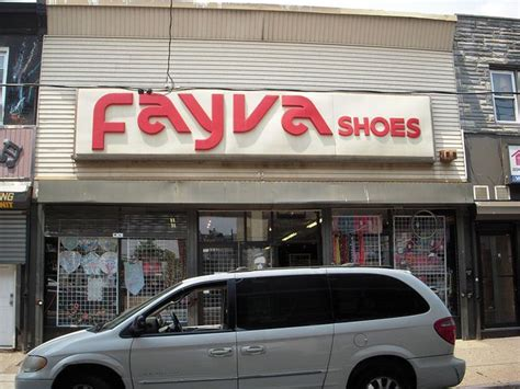 Chicago Home Decor Stores who could forget fayva awwww my favorite shoe store i