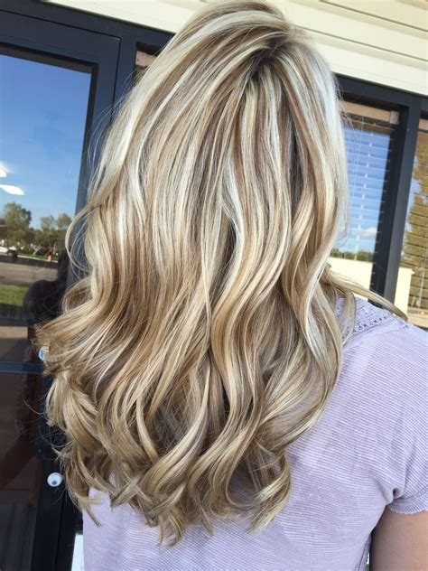 blonde hair golden lowlights stunning ice blonde and chocolate brown lowlight https