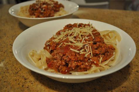 spaghetti bolognese  calorie version claire