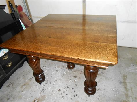 quarter sawn oak dining table this is a quarter sawn white oak dining table i just