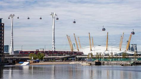 emirates london office emirates air line cable car sightseeing visitlondon com