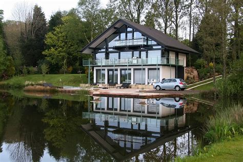 photo of house panoramio photo of huf house cleveley mere