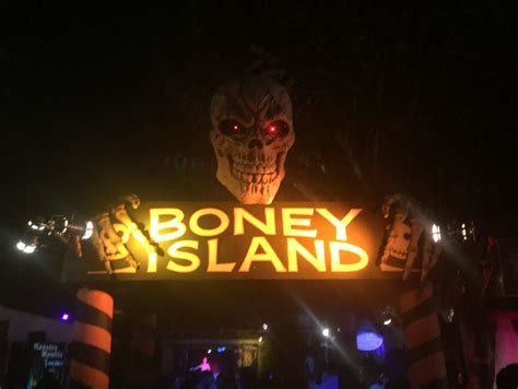 halloween themed events los angeles what to do in los angeles for halloween no back home
