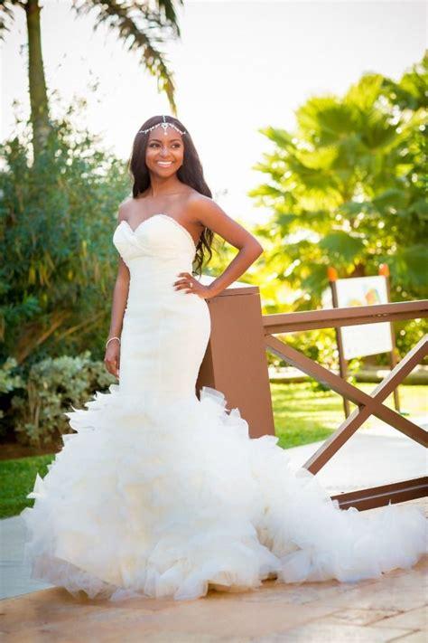 pretty sweetheart ruffles outdoor wedding dresses open