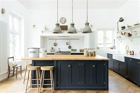 industrial kitchen island 2018 trends update fall kitchen favorites that you cannot miss this season