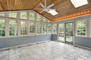 Adding A Florida Room Cerrar La Terraza Para Crear Efecto Invernadero Canalhogar