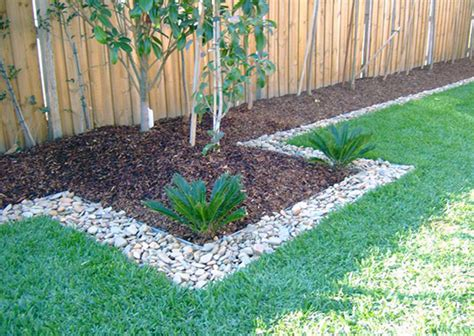 cheap flower bed ideas inexpensive flower bed edging ideas