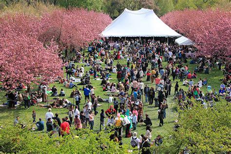 Spring Archives Night Hotels Blog New York Hotels Botanical Garden Cherry Blossom Festival