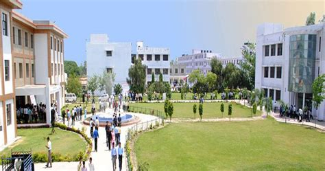 Mba Colleges In Bareilly by Rakshpal Bahadur Management Institute Rbmi Bareilly