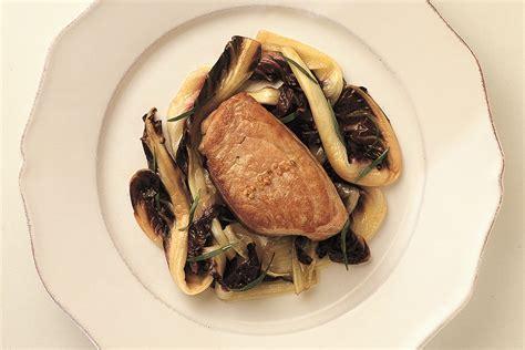cucinare filetto di tonno ricetta filetto di tonno al radicchio le ricette de la