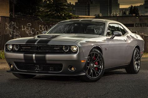 pictures of a challenger used 2015 dodge challenger srt 392 pricing features
