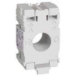 Schneider Ct 2005 Metsect5cc020 schneider electric 16456 transformateur de courant ti