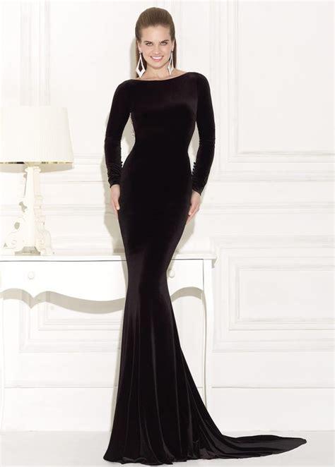 uzun kollu siyah uzun elbise modelleri gelinlik vitrini siyah kadife uzun kollu uzun dar abiye elbise