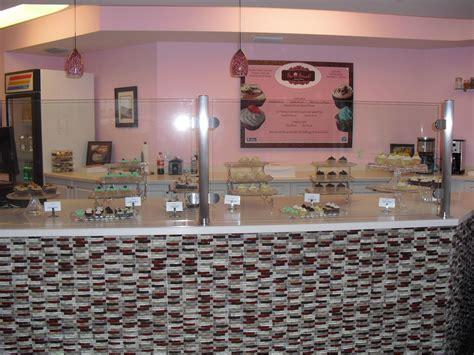 Paradise Tiki Hut Bar Cape Coral So Sweet Cupcake Bakery Cape Coral Fl Groupon