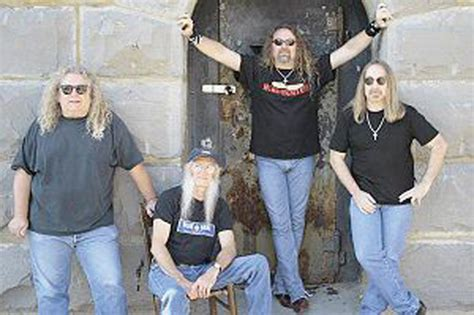 kentucky headhunters kentucky headhunters drawing thousands to bridge day concert