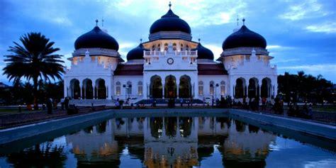 3 Apple Di Indonesia ini 3 provinsi di indonesia yang jadi destinasi wisata