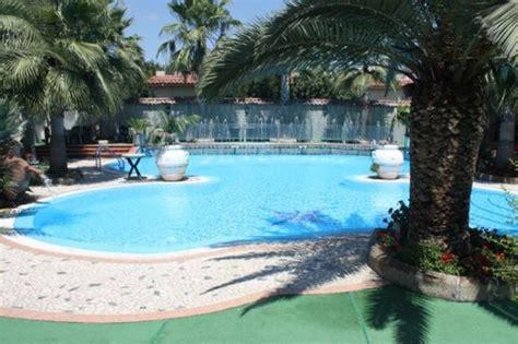 hotel con vasca idromassaggio in varcaturo hotel orchidea marina di varcaturo albergo marina di