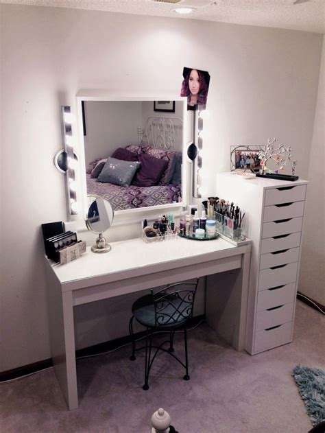 Makeup Vanity Table Ikea Makeup Storage Vanity Simple Functional I Would Stick Another Drawer Unit On The Other Side