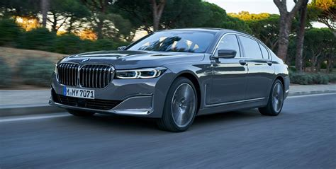 bmw  series review updated luxury sedan