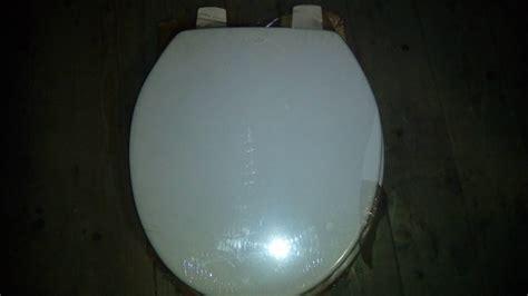 whisper apricot toilet seat whisper pink colour baths ideal standard basins toilets