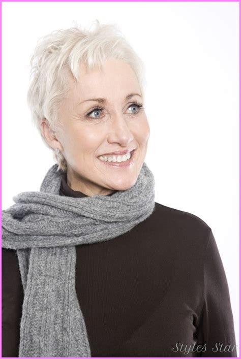 hairdtyles for woman over 50 eith a round face short haircuts for women with round faces over