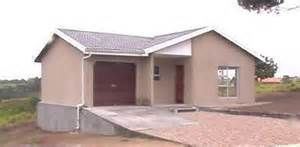 Low Cost Houses by Low Cost Housing