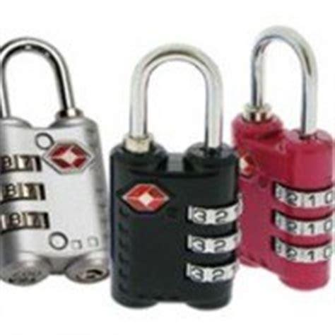 petit cadenas pour valise accessoires de voyage ma valise voyage