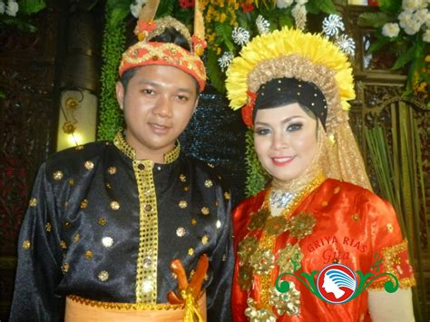 Baju Bodo Bima rias pengantin tradisional adat bima di jakarta gita salon