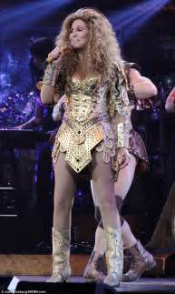 cher stuns fans with daring during live show