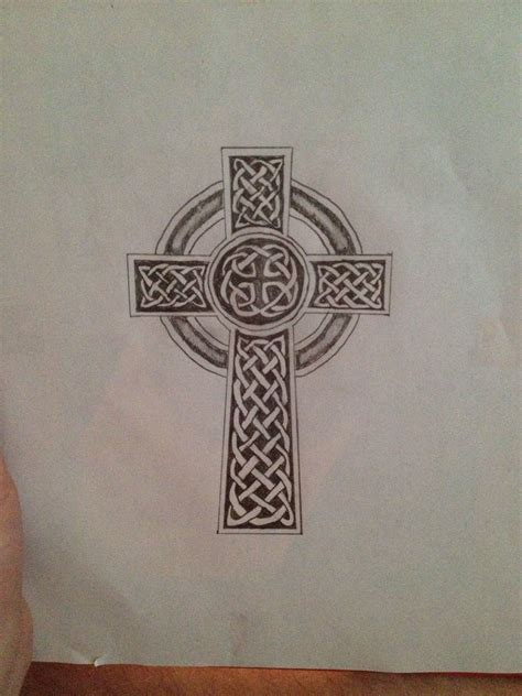 cross tattoo on shoulder blade celtic cross design for my left shoulder blade