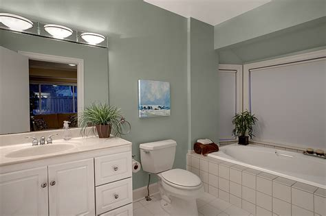 rent a bathroom furniture rental bellevue home staging seattle ballard