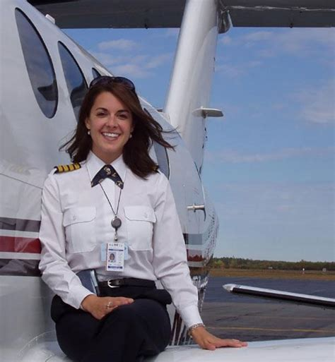 commercial woman pilot why aren t there more female airline pilots this high