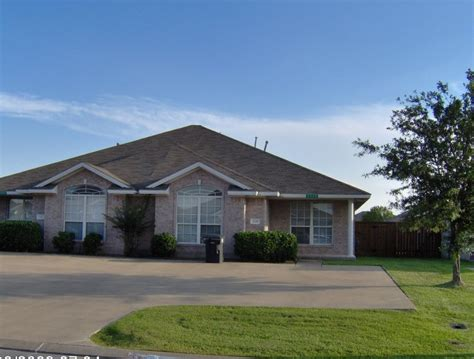 houses for rent college station duplex for rent in 2320 trace meadows college station tx