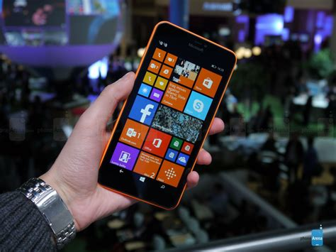 Microsoft 640 Xl microsoft lumia 640 xl on a big budget windows