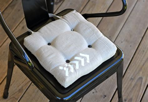 How To Make Cushions by How To Make Dining Chair Cushions With Bonus Embellishment