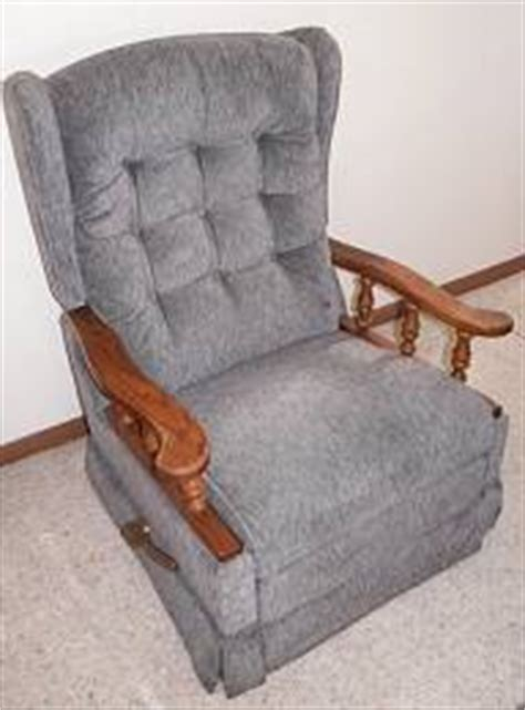 Vintage Lazy Boy Recliner by Estate Of Charles Mildred Mccroden Estate Auction 04