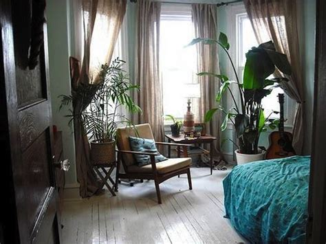 stay warm this winter in a tropical bedroom 13 beautiful botanical bedrooms brit co