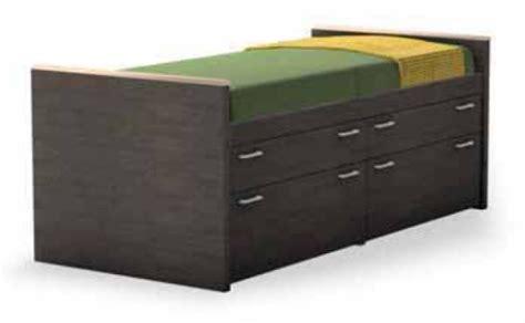 letto con cassetti letti attrezzati con cassetti e cassettoni doimo line