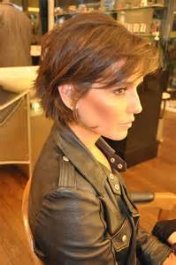 exciting shorter hair syles for thick hair 20 short to medium layered hairstyles short hair 2017