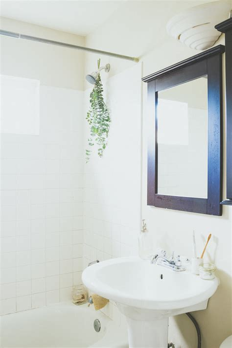 bathroom essentials conscious by chlo 233