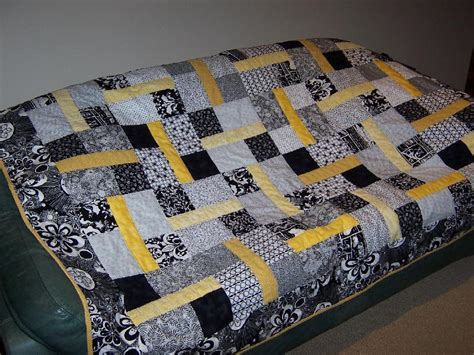 black white and yellow quilt pattern you have to see black white quilt on craftsy